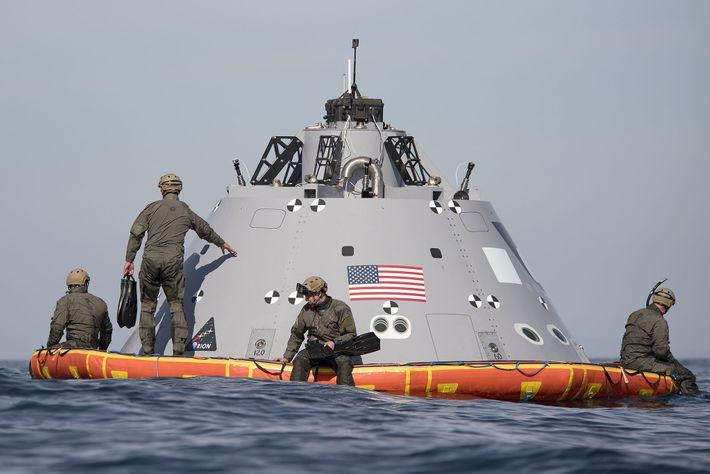Testes da NASA da nave Orion