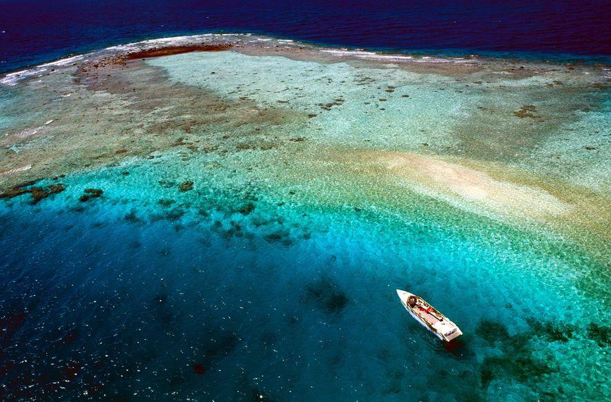 RANGIROA, POLINÉSIA FRANCESA O remoto atol de Rangiroa é o segundo maior do mundo; Taiti – ...
