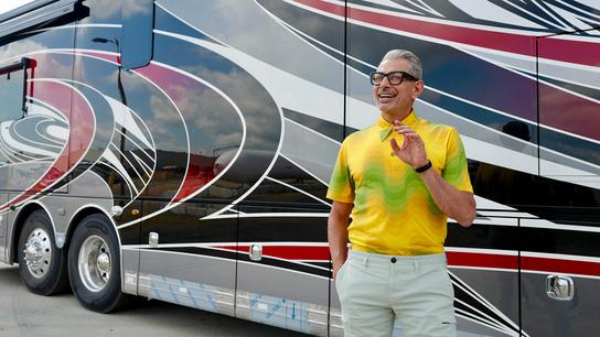 """""""Pensámos em explorar temas familiares nos quais pudéssemos encontrar algo inesperado."""" Jeff Goldblum e uma autocaravana – ..."""