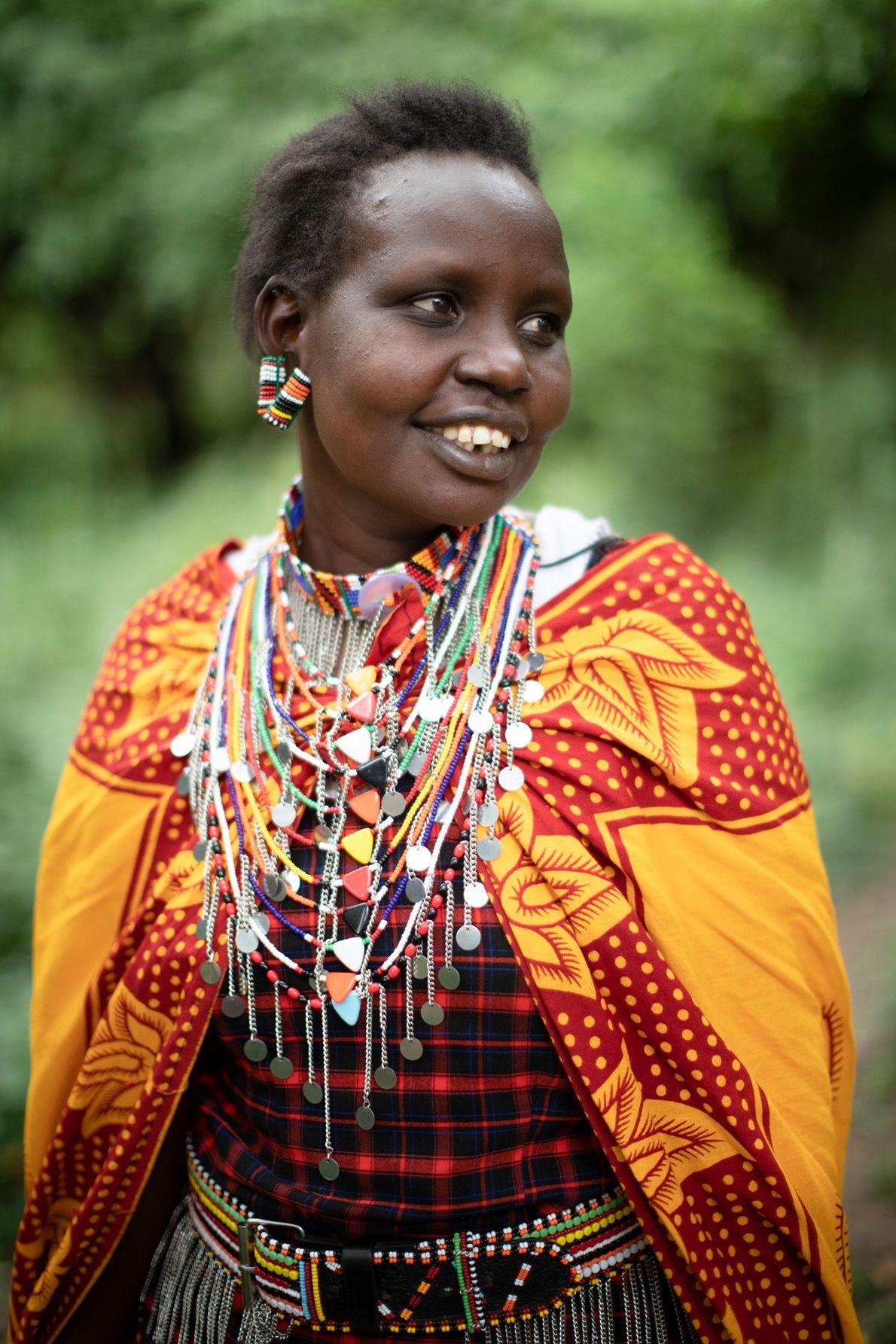 Nolkisaruni Talk, do Grupo Olekasoe, adora trabalhar e ganhar dinheiro para sustentar os seus cinco filhos. ...