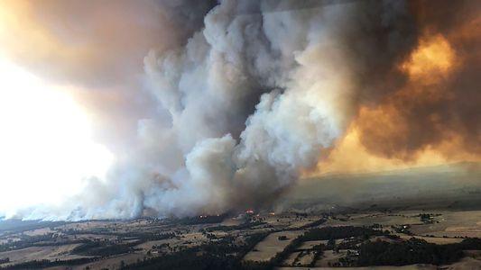 Austrália: 'Tempestades de Fogo' Intensas Geradas por Incêndios Florestais