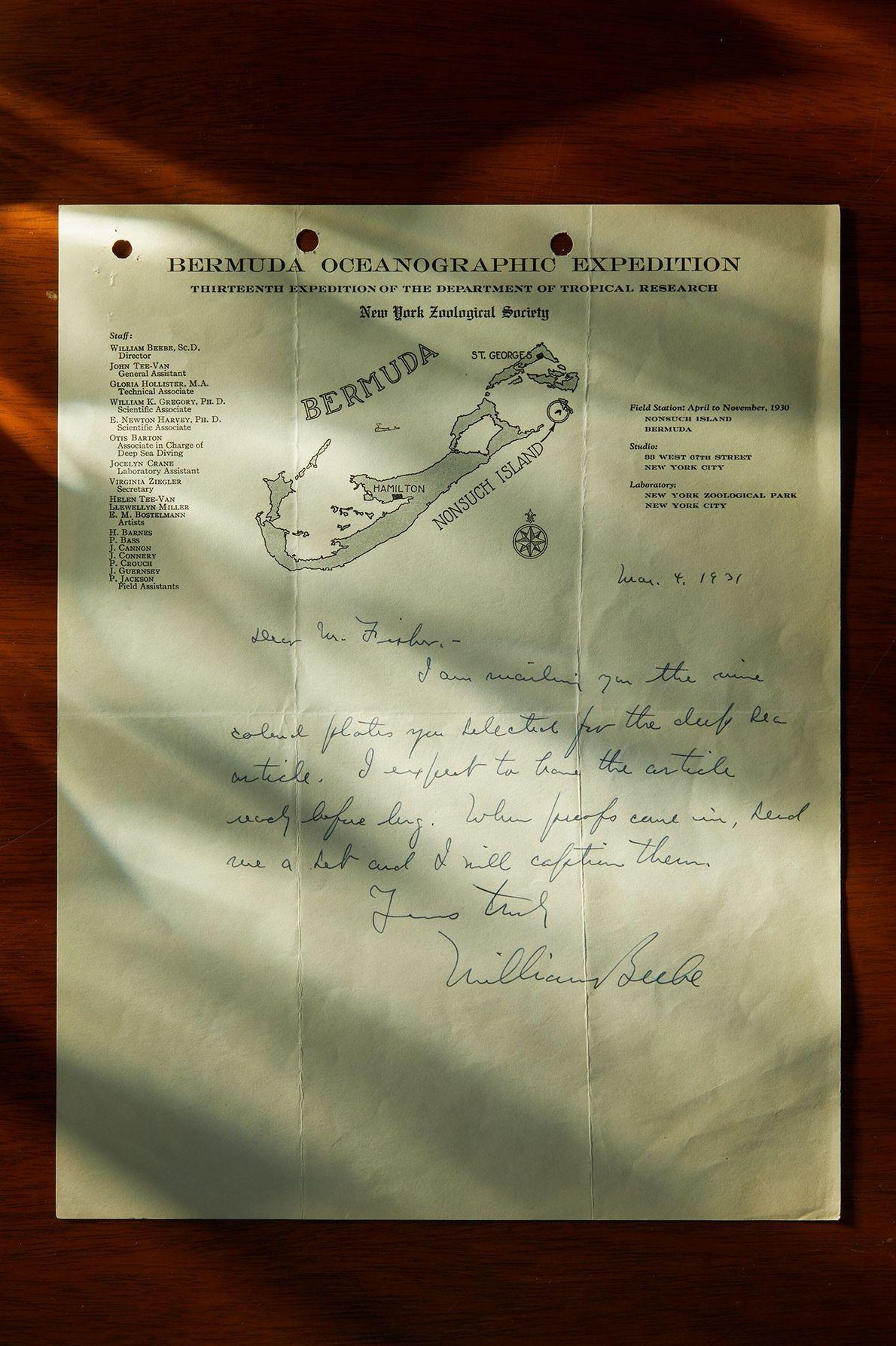Os arquivos da National Geographic contêm cartas, rascunhos de artigos e planos da equipa de expedição ...