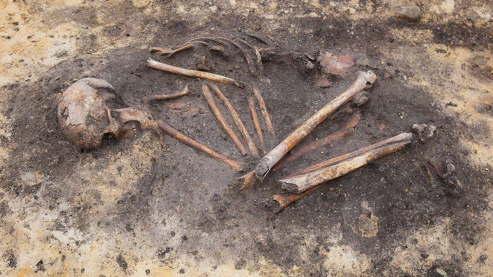 Os arqueólogos já tinham encontrado indícios de desigualdades sociais em enterros da Idade do Bronze, mas ...