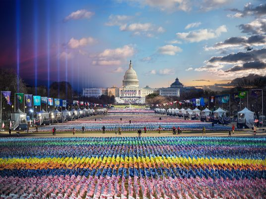 A Posse do Presidente dos EUA, do Amanhecer ao Anoitecer, Captada Numa Imagem Impressionante