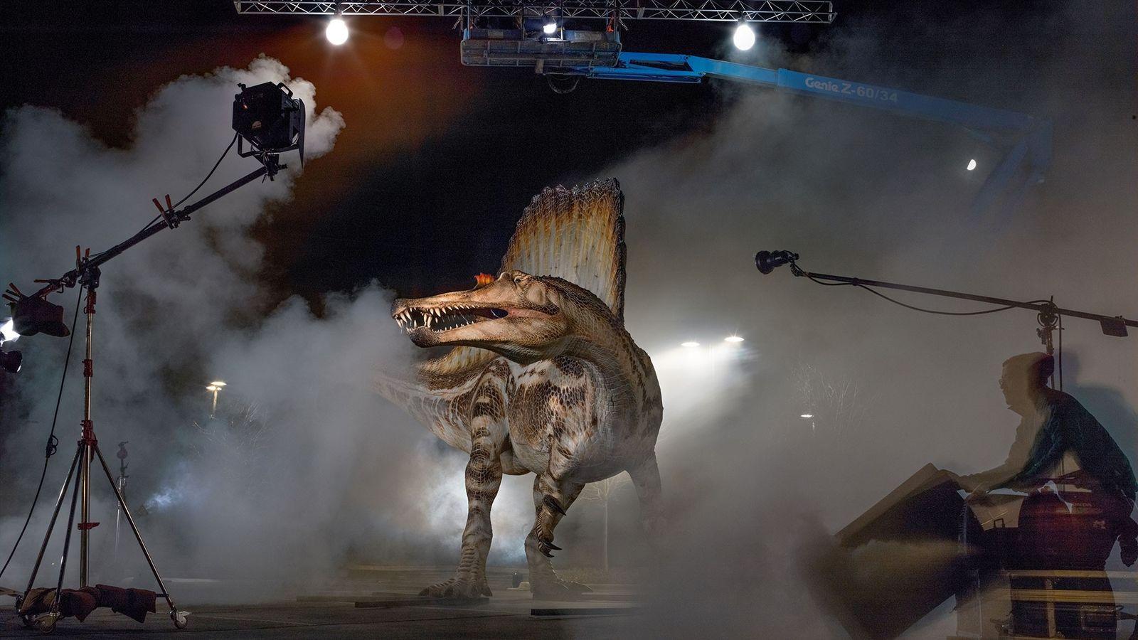 Modelo à escala real de um Spinosaurus