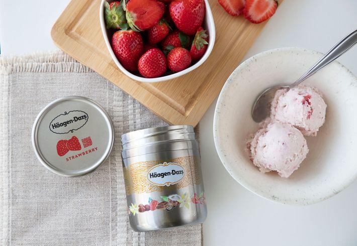Este recipiente de aço recarregável dos gelados Häagen Dazs é feito pela Loop, uma empresa que ...