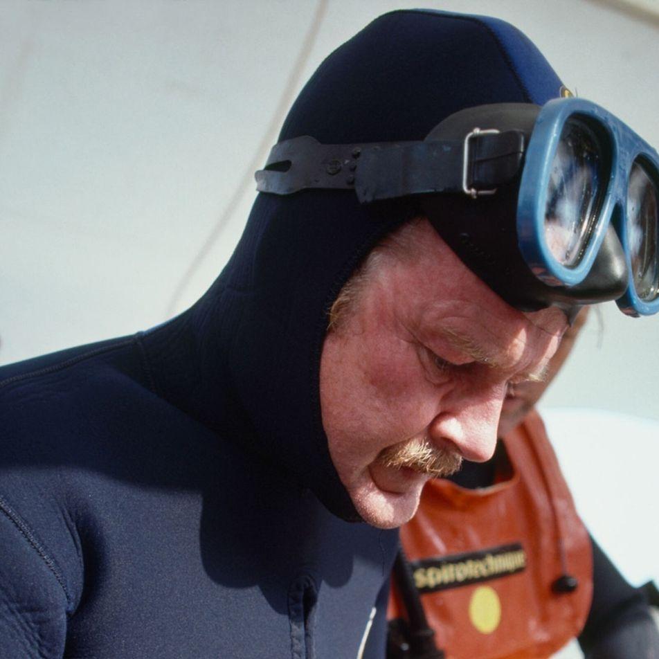 George Bass, pioneiro da arqueologia subaquática, morre aos 88 anos