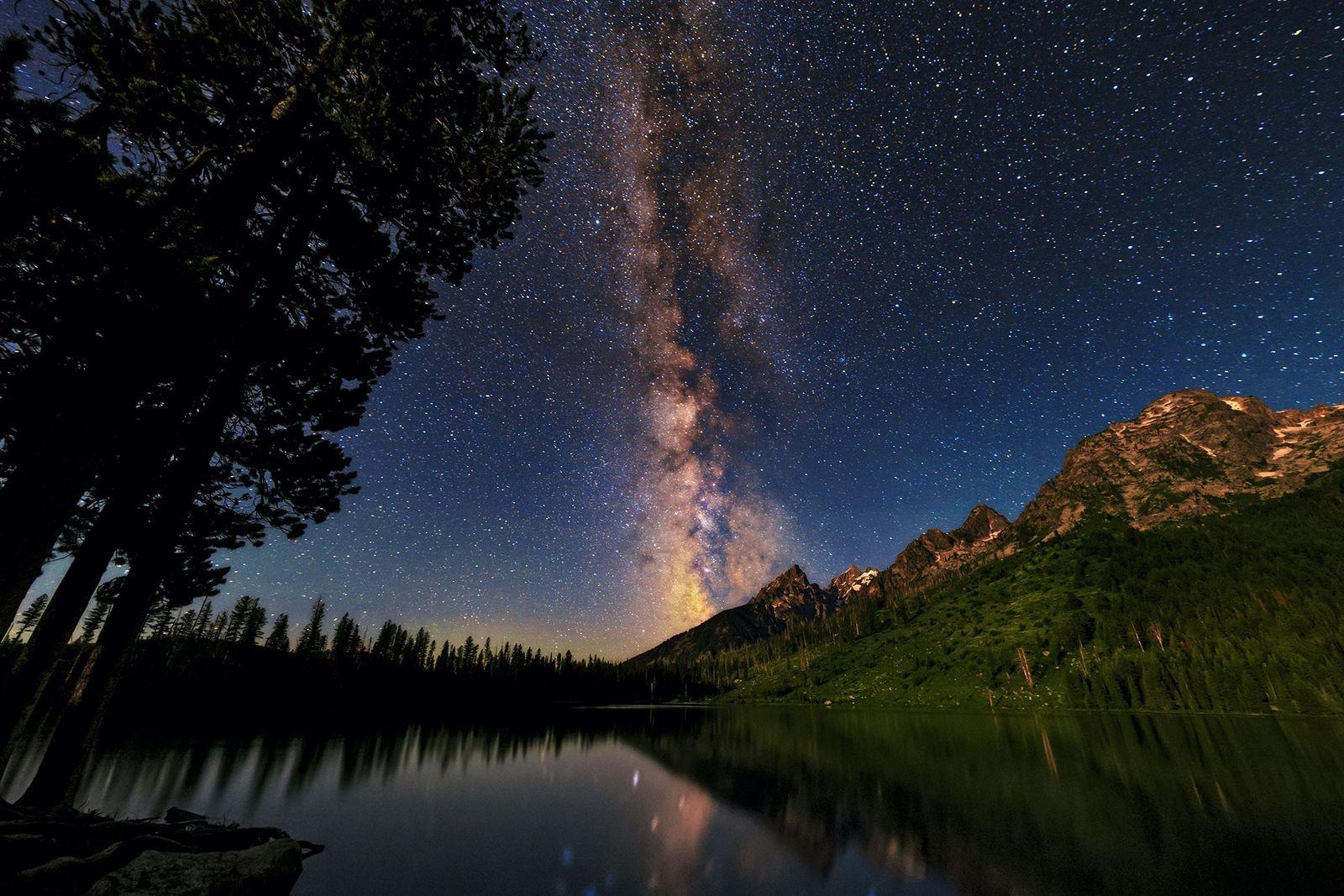 A faixa luminosa da Via Láctea