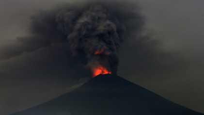 Tudo O Que Precisa de Saber Sobre a Erupção do Vulcão de Bali