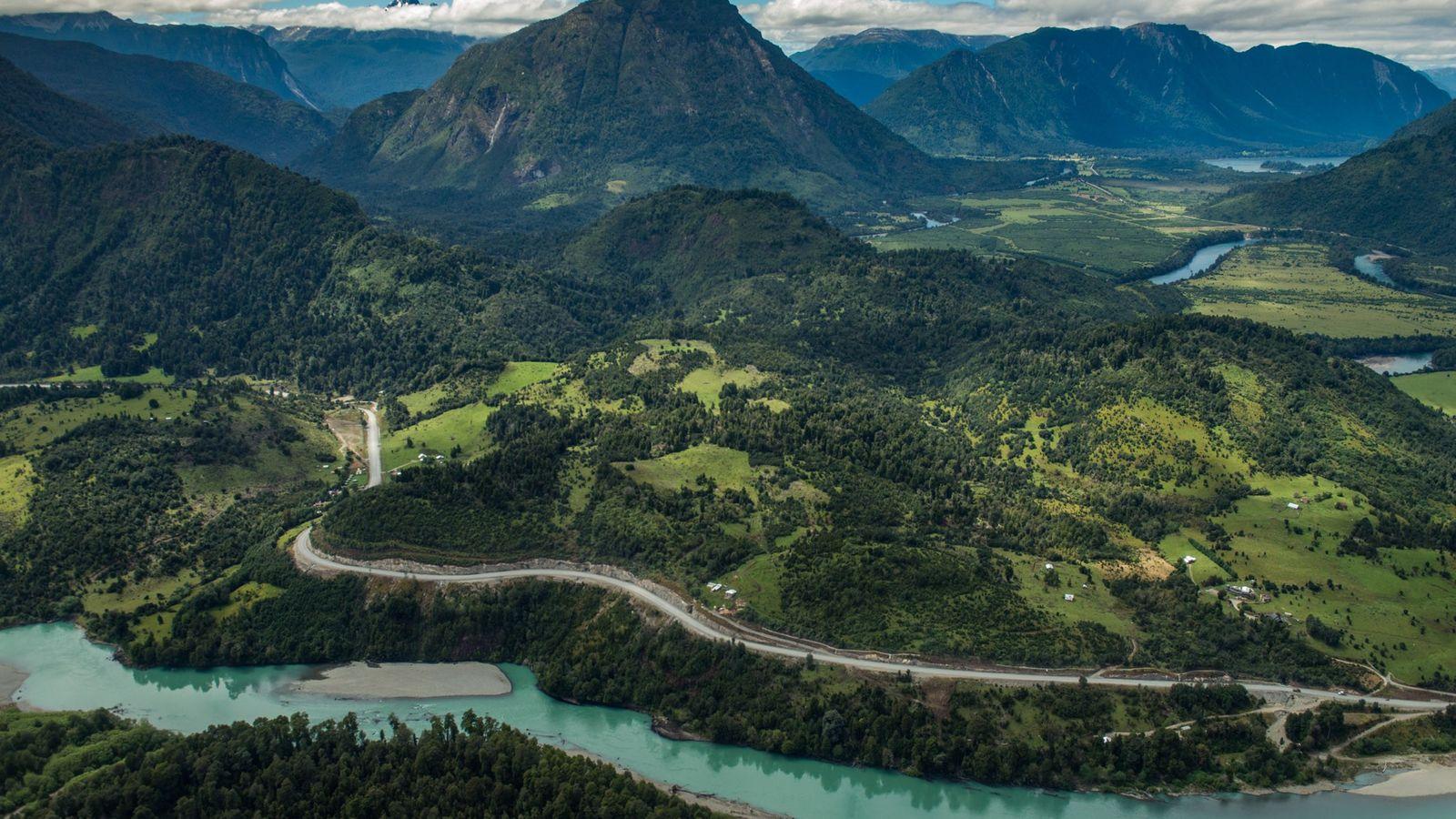 O Chile estabeleceu recentemente uma Rota de Parques, um percurso panorâmico de 2.735 km que liga ...