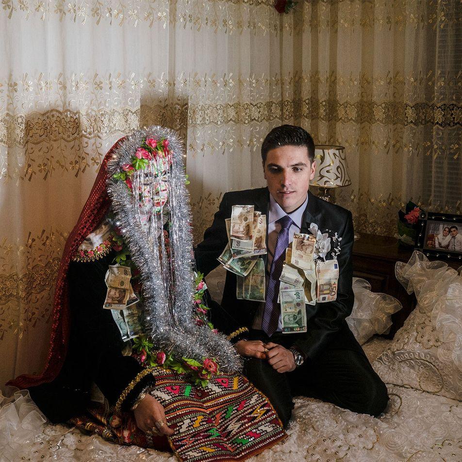 Estas fotografias transportam-nos para um casamento muçulmano na Europa
