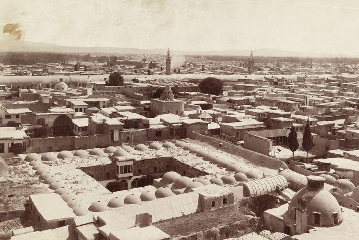 A cidade de Damasco, vista aqui em 1911, foi estabelecida pela primeira vez no terceiro milénio ...