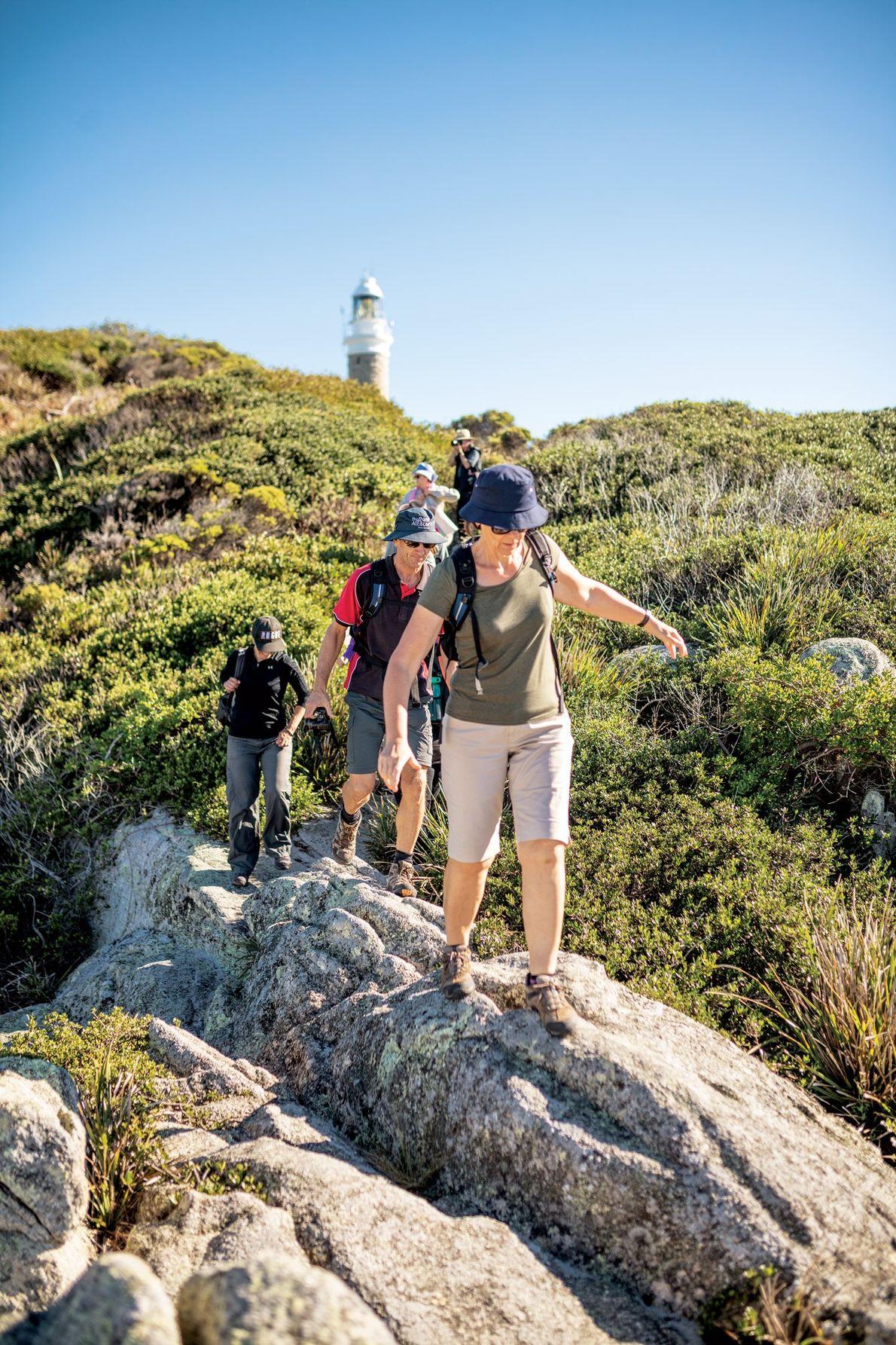 Os destaques de uma caminhada ao longo da costa leste da Tasmânia, desde Ansons Bay até ...