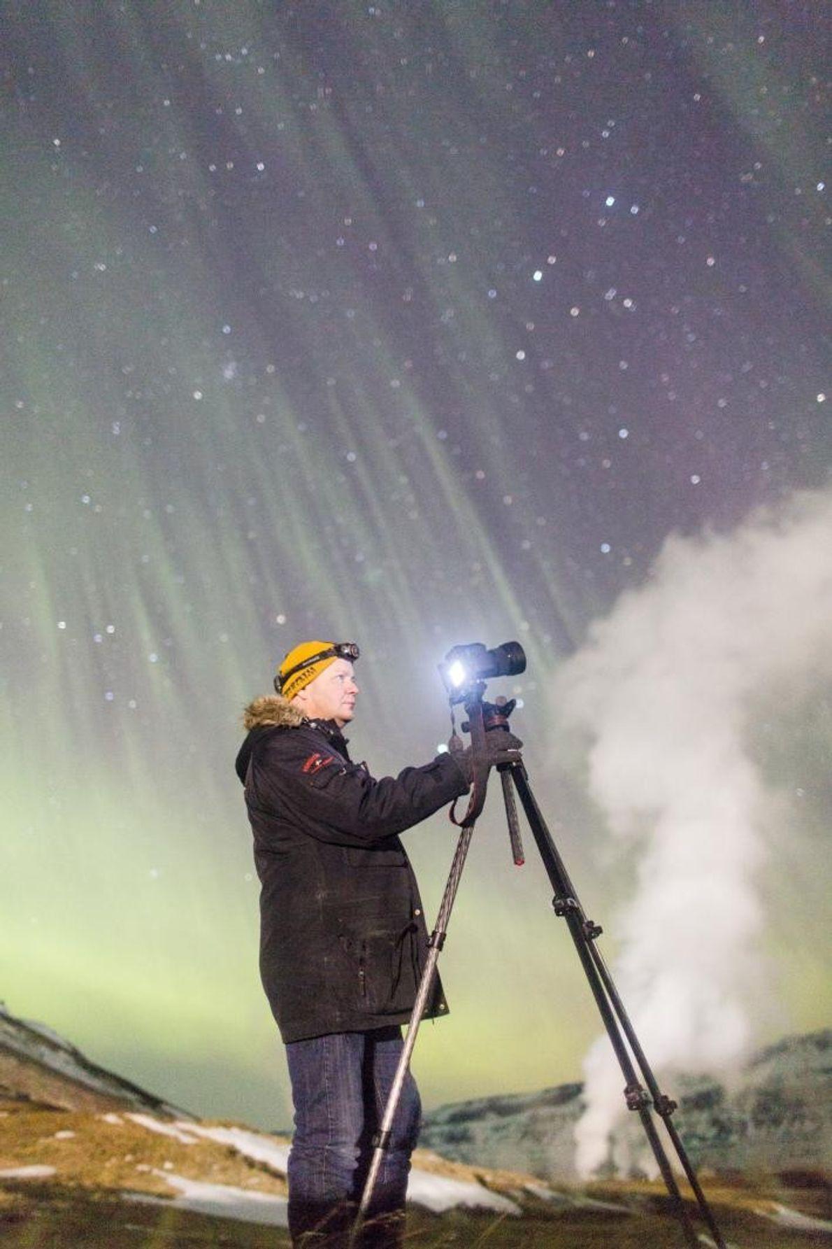 Gaukur Hyartarson é um caçador de auroras