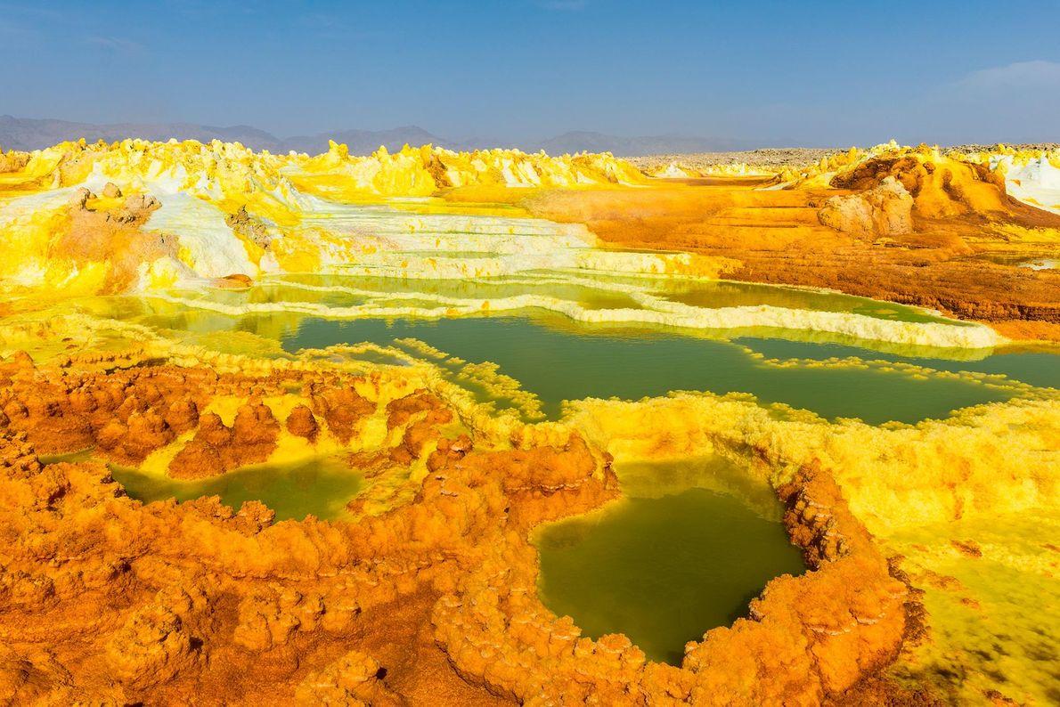 A Depressão Danakil da Etiópia é a definição de inóspito. Esta paisagem vulcânica está repleta de ...
