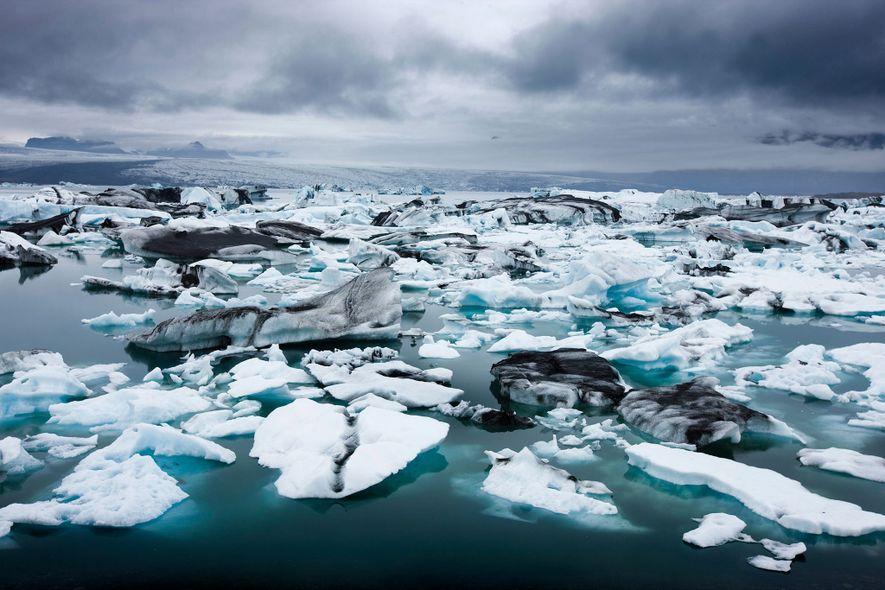 Na Islândia, o glaciar Breiðamerkurjökull está a derreter e a população local pode perder mais do ...