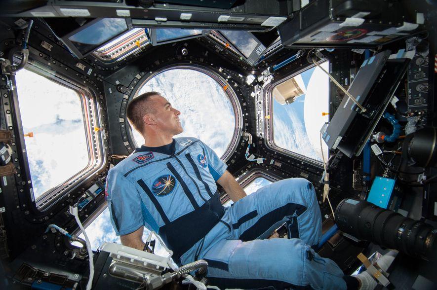 Está Fechado num Espaço Apertado? Este Astronauta Tem Alguns Conselhos.