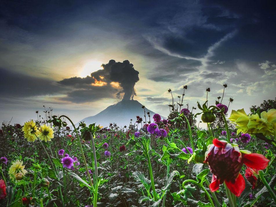 Fotografias Dramáticas de Vulcões em Atividade