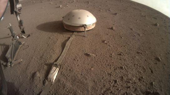 A sonda InSight foi projetada para mapear as estruturas internas de Marte. Entre os diversos instrumentos ...