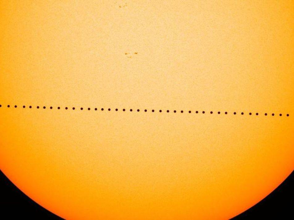 Mercúrio Desliza Pelo Sol em Espetáculo Raro