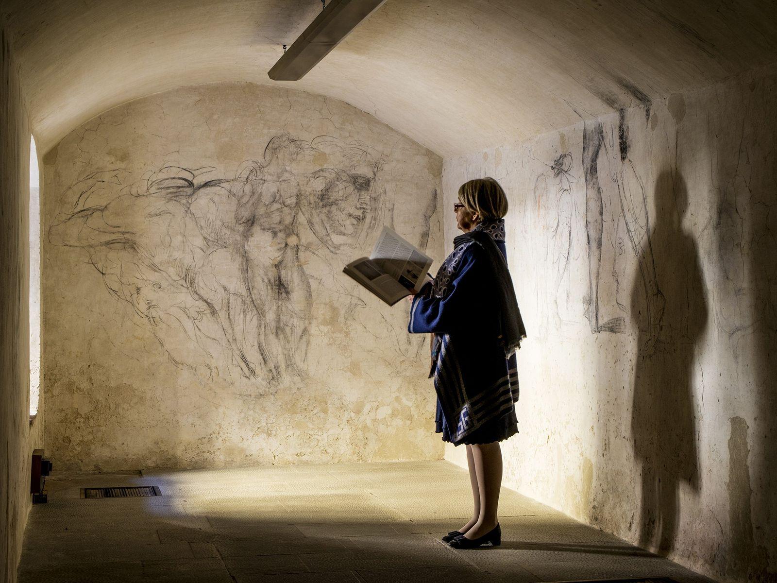 """Descoberta Sala Secreta Com Obra de Arte """"Perdida"""" de Michelangelo"""
