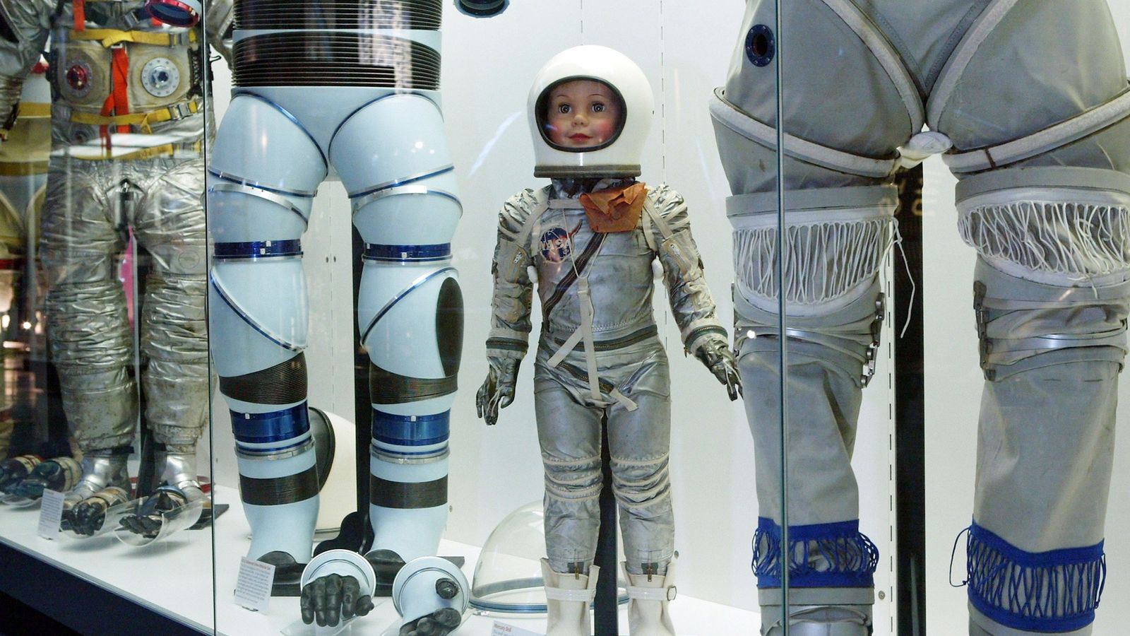 Os fatos espaciais situam-se entre os objetos da coleção do Smithsonian.