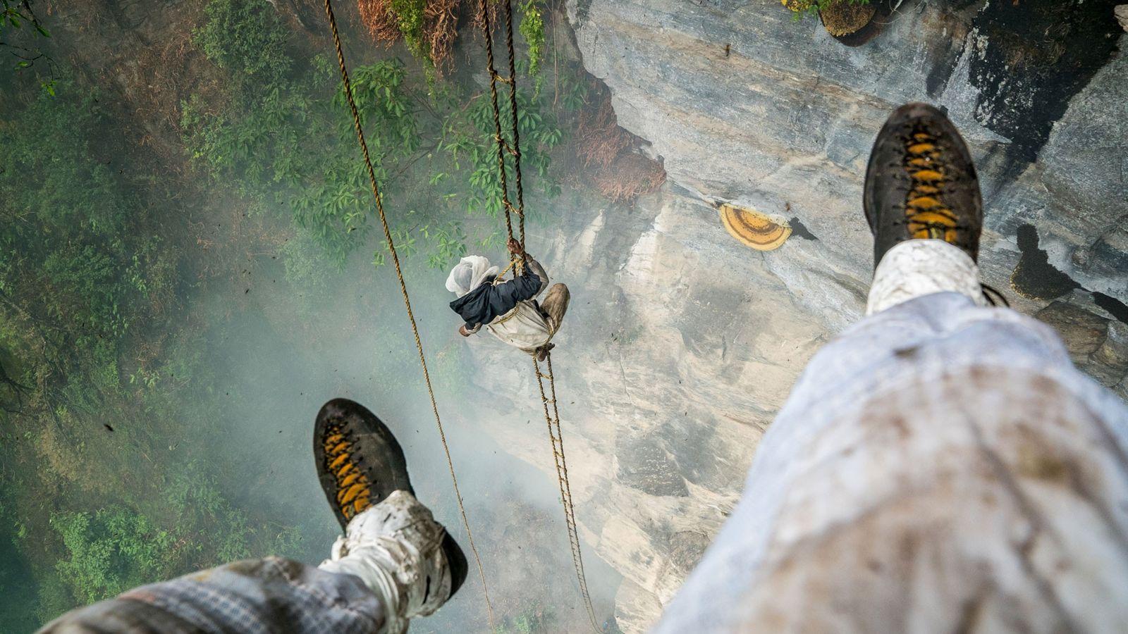 Autorretrato dos pés de Renan Ozturk