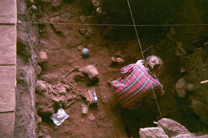 Cientistas analisaram pela primeira vez a genética antiga de quatro indivíduos do abrigo rochoso de Shum ...