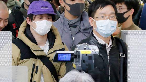 Coronavírus: Como se Propaga num Avião – e o Lugar Mais Seguro