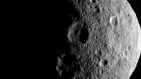 Um Asteroide Visível a Olho Nu e Eventos Celestes a Não Perder em Junho