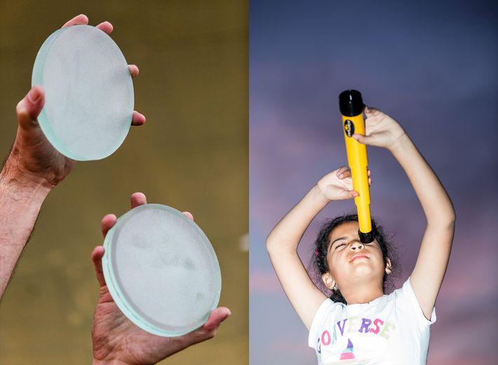 Esmerilar e polir espelhos para um telescópio artesanal pode ser uma tarefa que demora normalmente algumas ...
