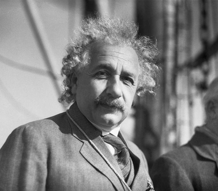 A teoria da relatividade de Albert Einstein