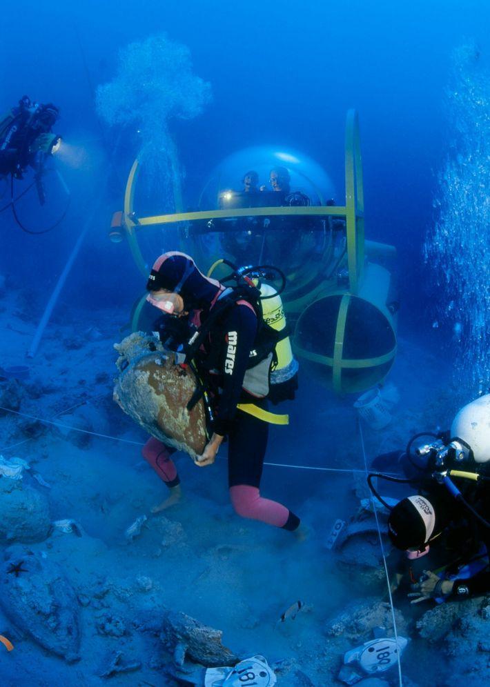 George Bass no submersível