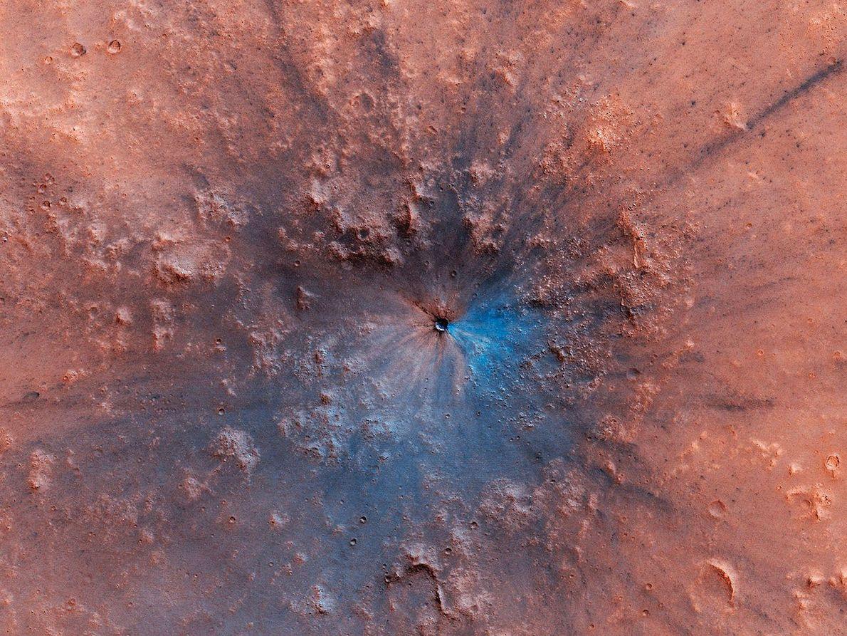 Aparentemente, o planeta vermelho também tem tons de azul e preto: Esta nova imagem de cor ...