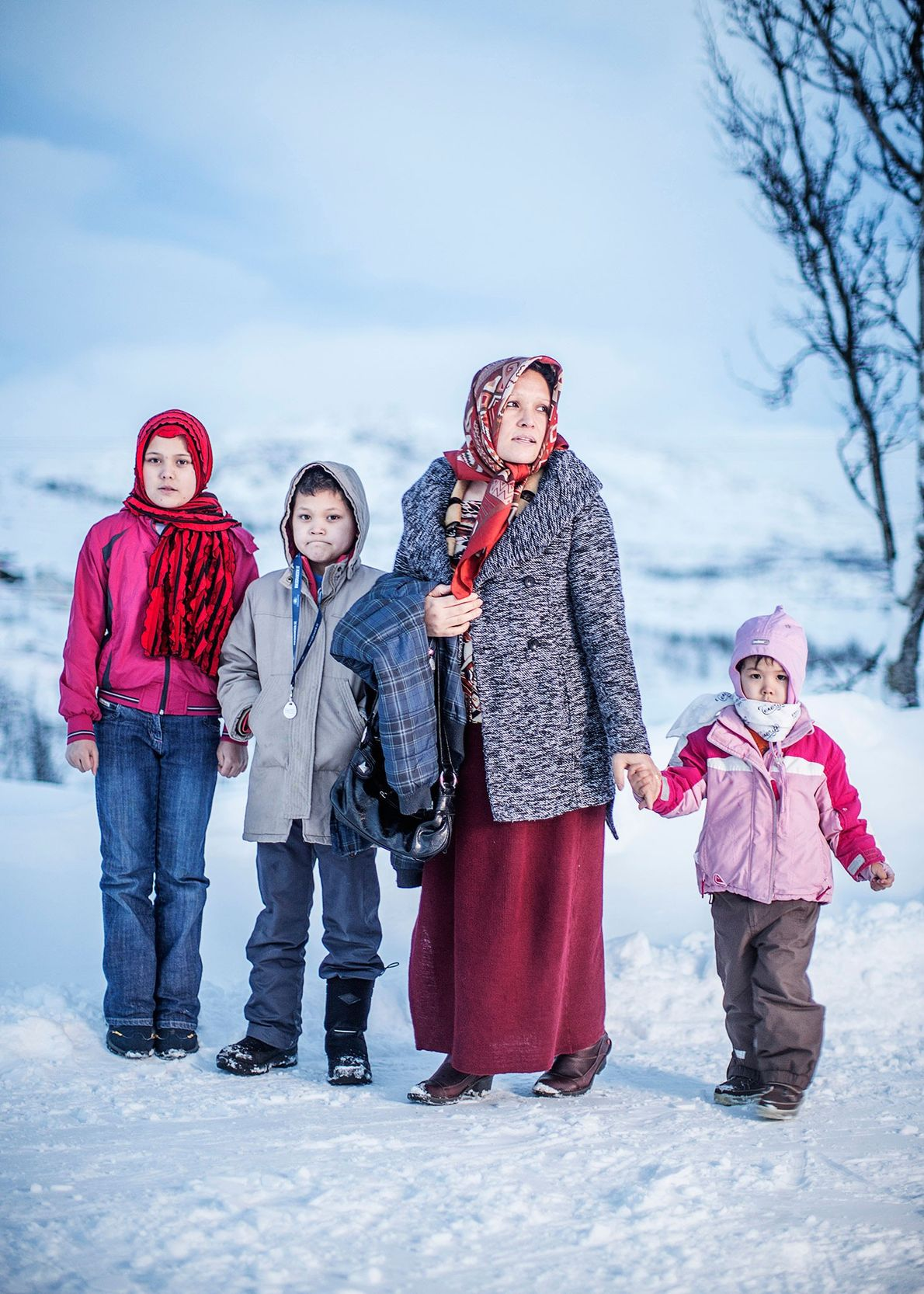 Fotografia de Adila Mohsini com os seus filhos