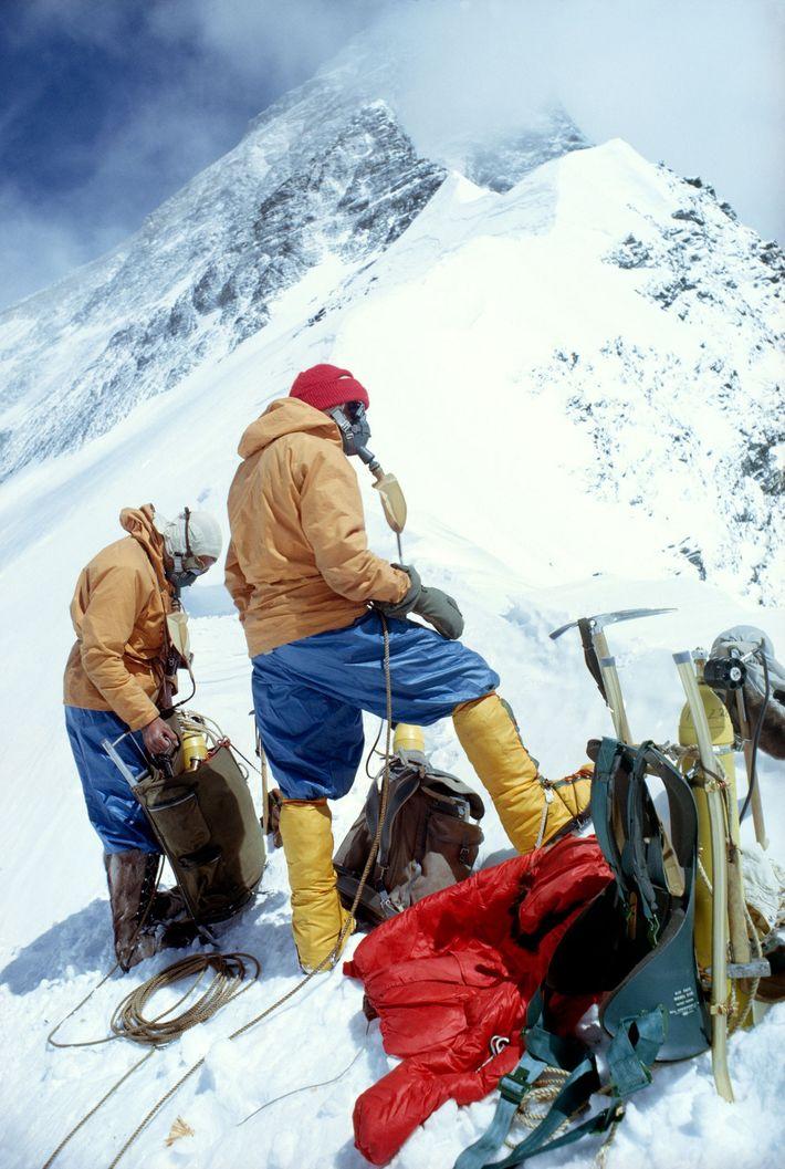 Alpinistas no Everest, 1963