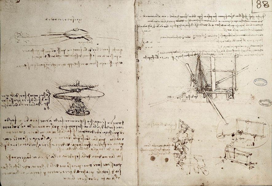 Leonardo da Vinci encheu os seus cadernos com esboços de invenções, incluindo máquinas voadoras.
