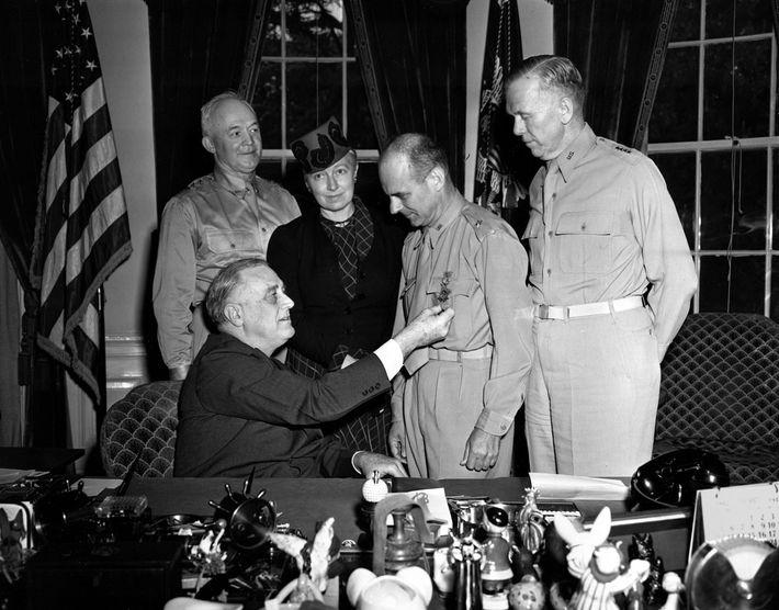 Doolittle e a Medalha de Honra do Congresso