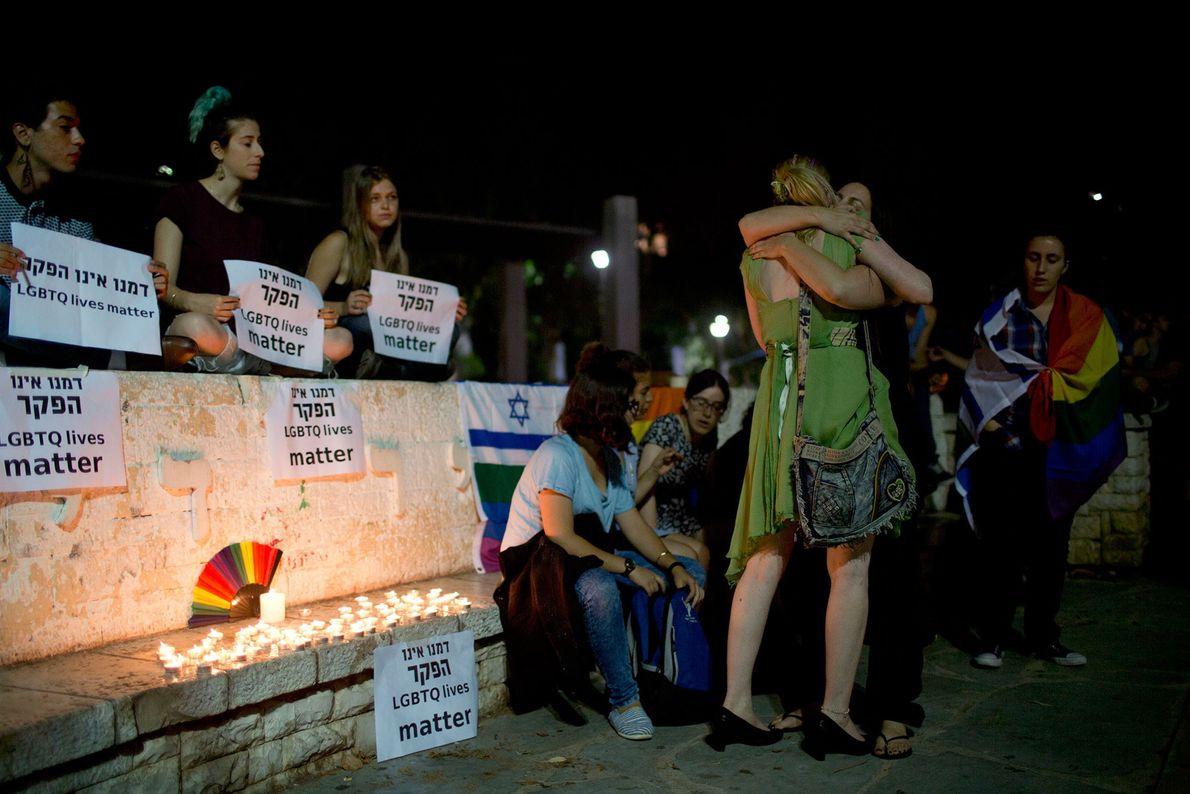 Tel Aviv foi uma das muitas cidades onde se realizaram vigílias