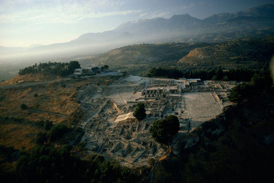 Festos, na ilha de Crete, foi um dos mais importantes centros da civilização Minoan. Computadores poderosos ...