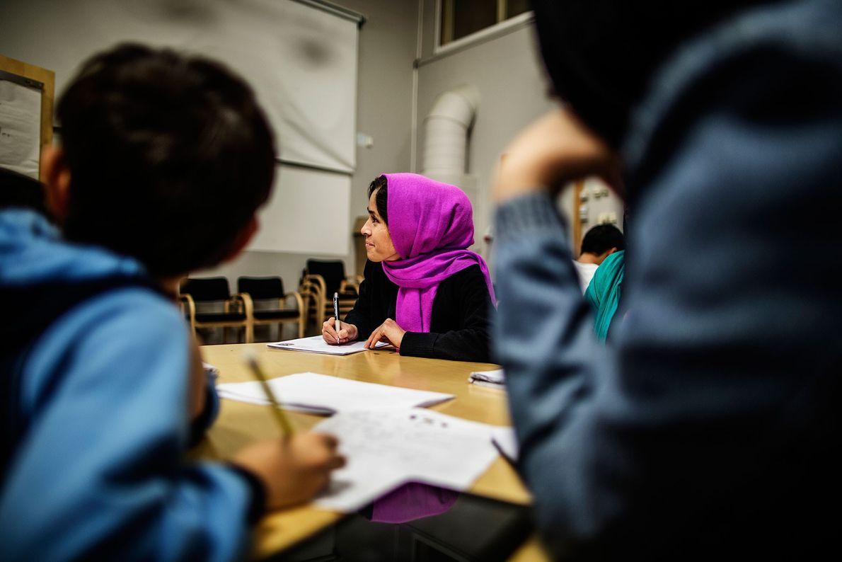 Fotografia de uma sala de aula na Suécia