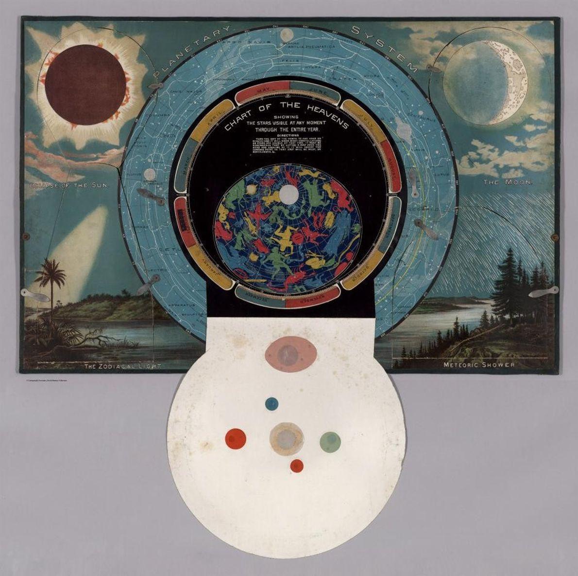 Uma badana circular abre-se para revelar uma carta celeste.
