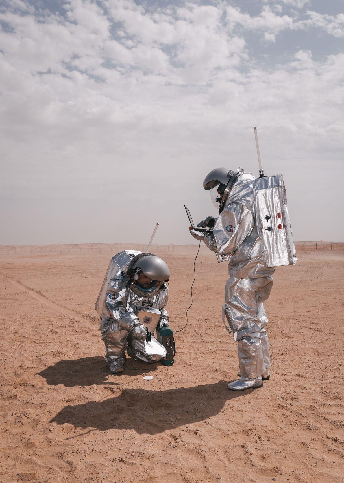 Astronautas análogos Carmen Köhler e Iñigo Muñoz Elorza