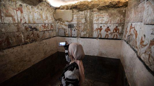 O Interior do Túmulo de uma Mulher Egípcia de Alto Estatuto
