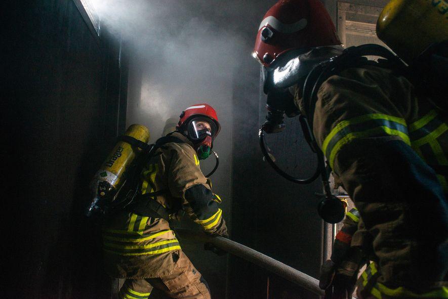 """""""Um incêndio a bordo é o pior que pode acontecer"""", diz o comandante Stefan Schwarze. O ..."""