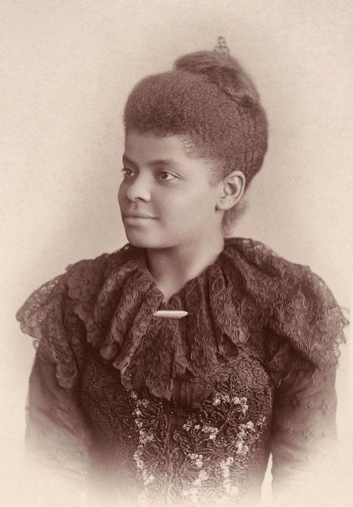 Ida B. Wells-Barnett (1862 - 1931) era uma jornalista afro-americana, sufragista, feminista e uma viajante regular.