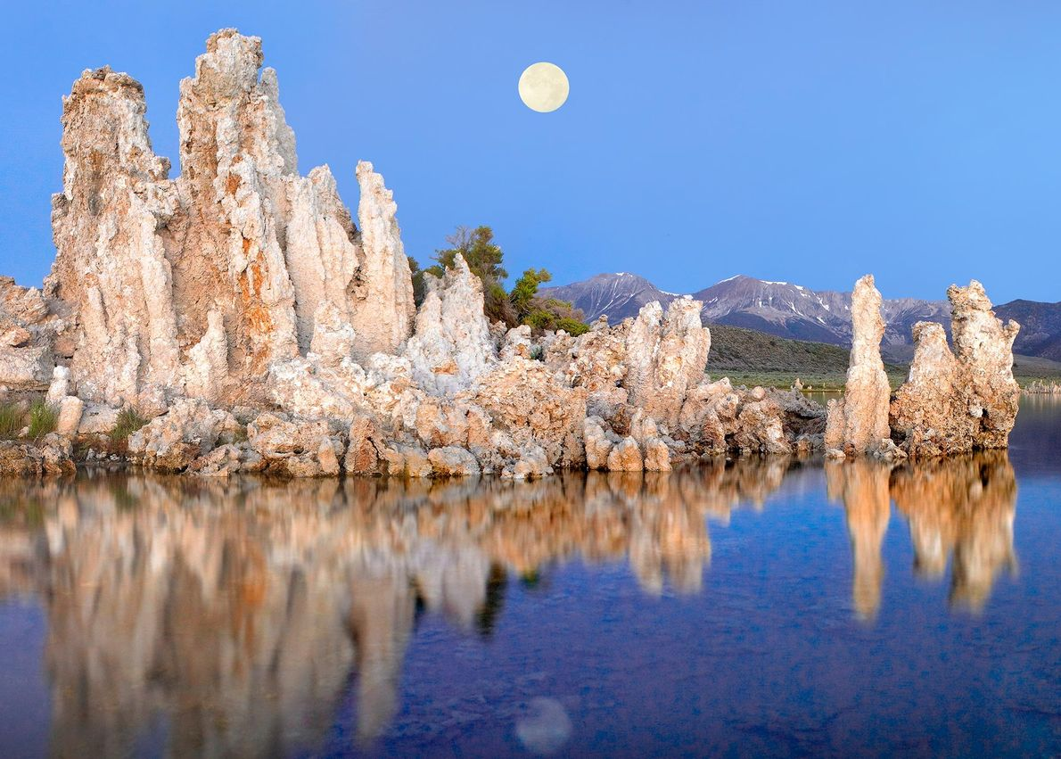 O Lago Mono, na Califórnia, é uma imitação terrestre de Marte com 4 mil milhões de ...