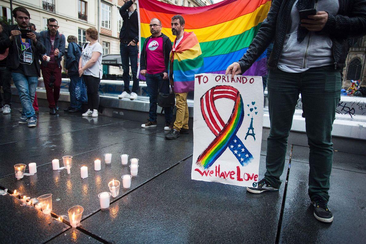 Relatos indicam que o atirador em Orlando jurou fidelidade ao Estado Islâmico