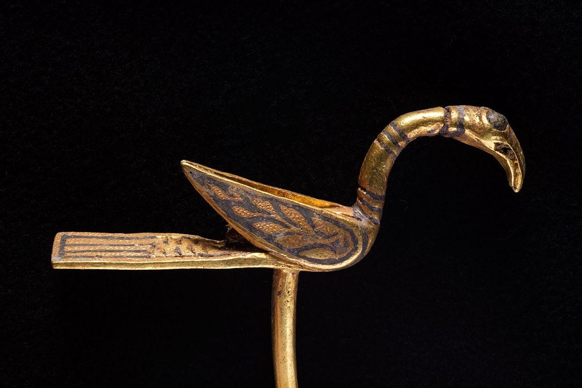Fotografia de um objecto em forma de pássaro