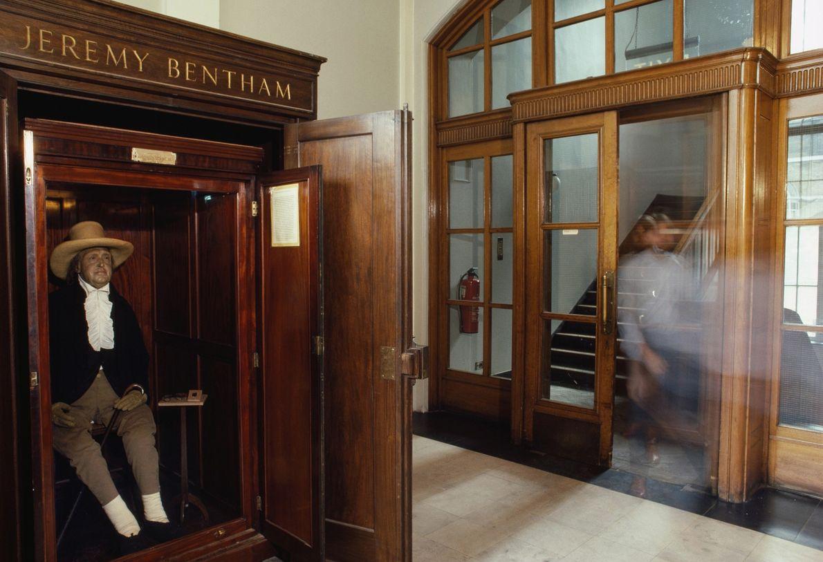 O esqueleto vestido de Jeremy Bentham